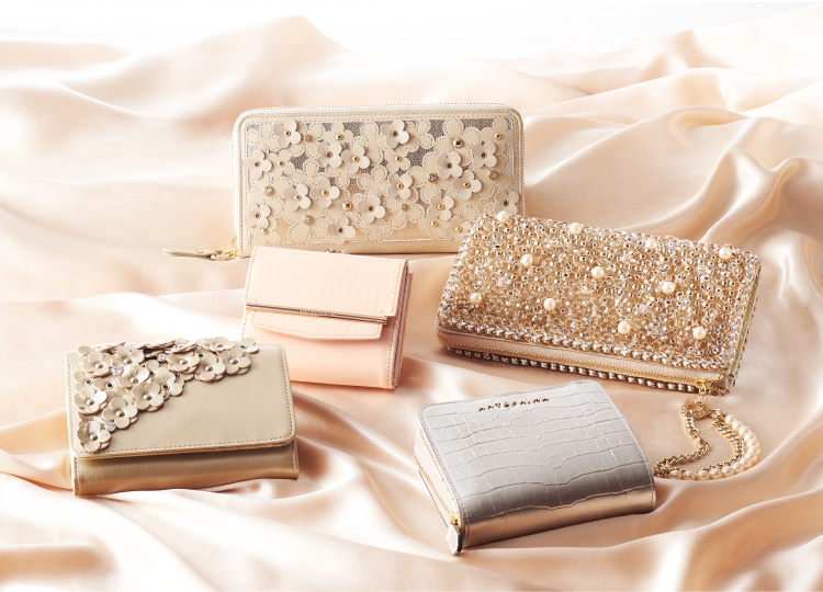 ANTEPRIMA WALLET COLLECTION